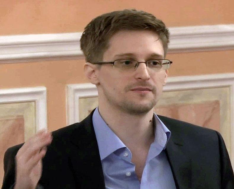 Snowden espera renovar asilo en Rusia