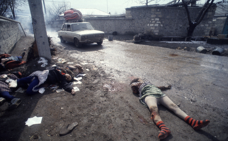 Foto tomada en Jodyalí por el fotógrafo ruso Victoria Ivleva (26 de febrero, 1992)