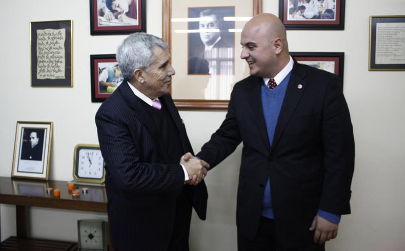 Entrevista con el Ex Ministro de Educación y Cultura del Paraguay