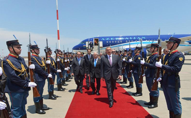 Aliyev Photo. (1)