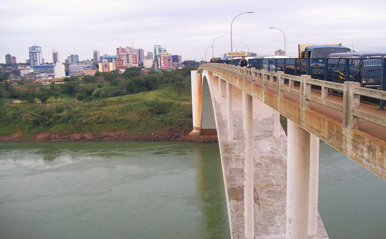 Ciudad_del_Este_puente_de_la_Amistad