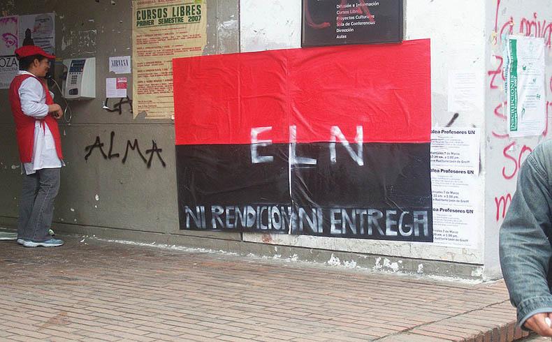 Los rebeldes del Ejército de Liberación Nacional confirman conversaciones con las guerillas de las FARC en Colombia