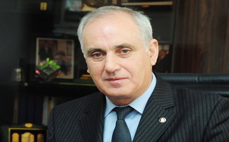 Aslan Aslanov es el Director General de La Agencia Telegráfica Estatal de Azerbaiyán (AzerTAc)
