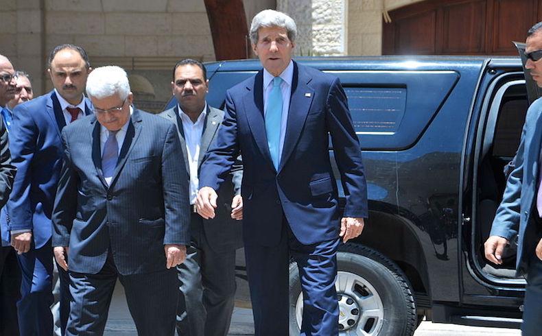 Kerry y Abbas