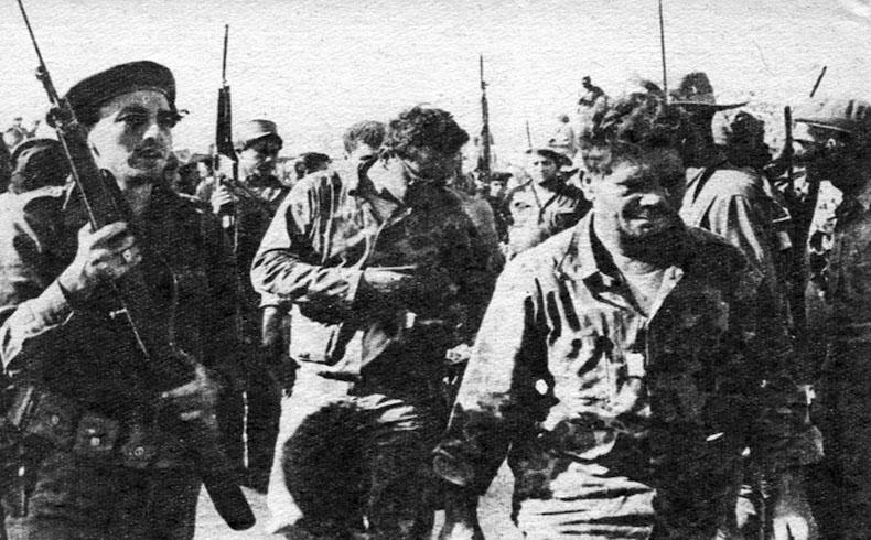 Prisioneros americanos durante Invasión de Bahía de Cochinos