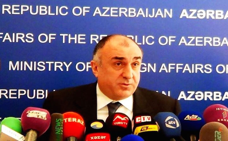 Según el ministro del Exterior azerbaiyano, los países copresidentes deberían impulsar a Armenia hacia la paz