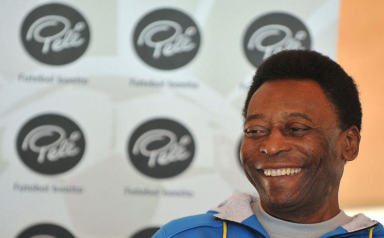 """Pelé se manifestó en apoyo de Blatter: """"es mejor gente con experiencia"""""""