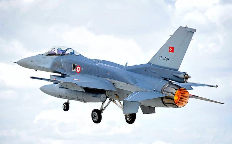 Turquia F-16