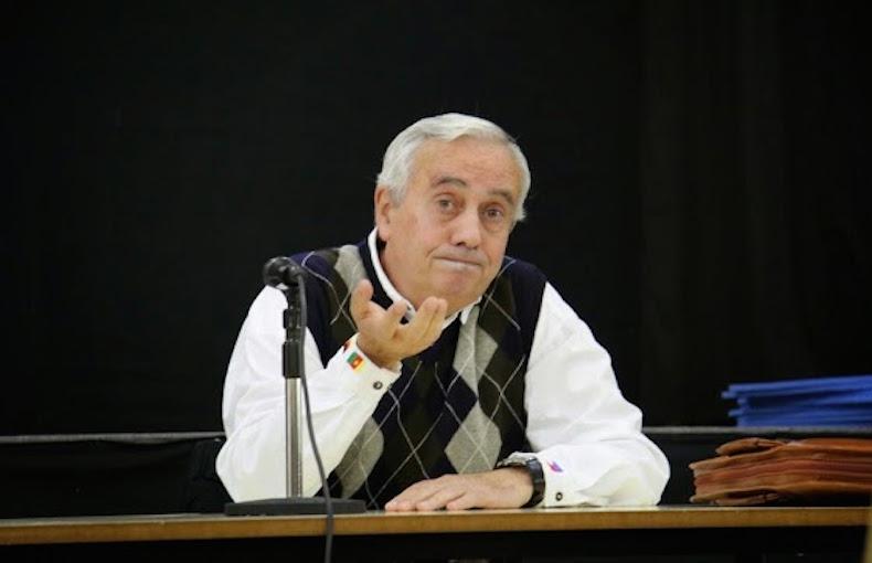 Carlos Penelas: sus respuestas y poemas