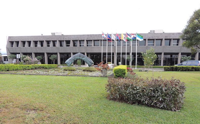 Costa Rica y Paraguay promueven el fortalecimiento de cooperación política y económica