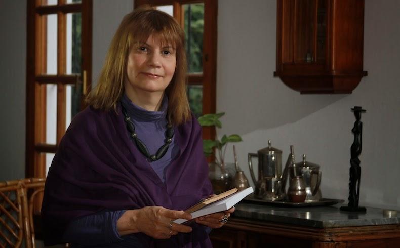 Liliana Bellone 13